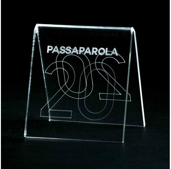 10 segna posto inciso in plexiglass trasparente