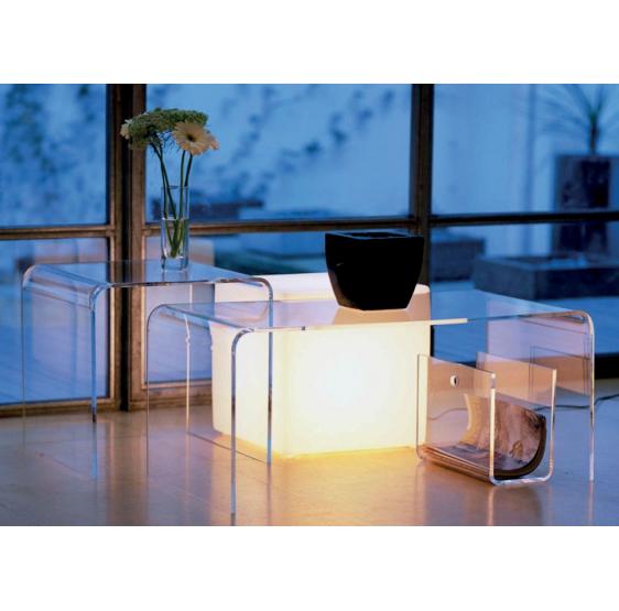 Arredamento in Plexiglass trasparente composto da 3 elementi