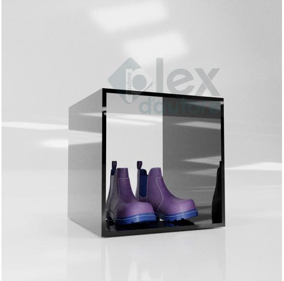 Cubo cm. 20x20x20 in Plexiglass trasparente chiuso su 4 lati - Plexiglass D'Autore